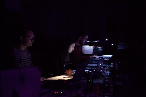 Mayu Hirano on the electronics for her piece.