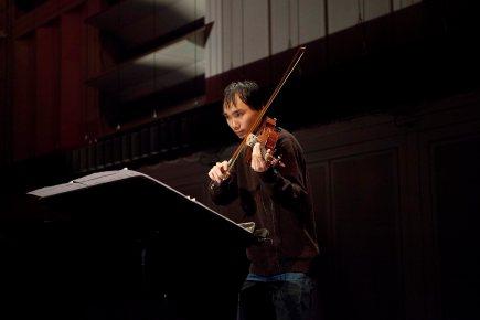 """Thien-Bao Pham Vu playing Andrea Mancianti´s piece """"Epäjärjestelmällisyydestäköhän?"""" at the last rehearsal before the concert."""